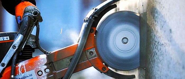 Демонтажные работы и спец техника от компании Stroykin23.ru.
