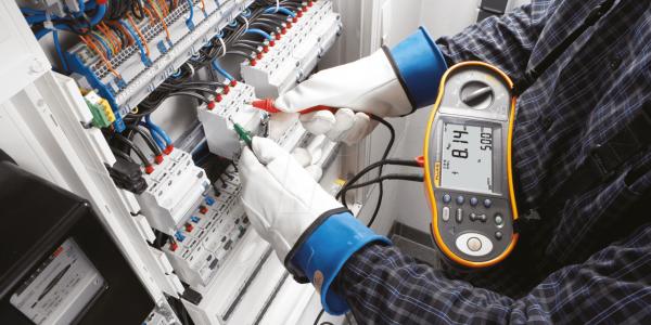 Замена электропроводки в Краснодаре, услуги электро монтажа.